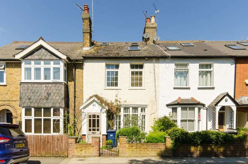 4 Bedrooms Terraced House for sale in Alston Road, High Barnet, EN5