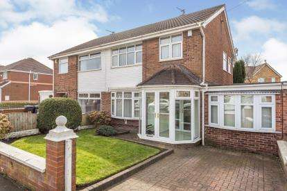 3 Bedrooms Semi Detached House for sale in Saxon Way, Kirkby, Liverpool, Merseyside, L33