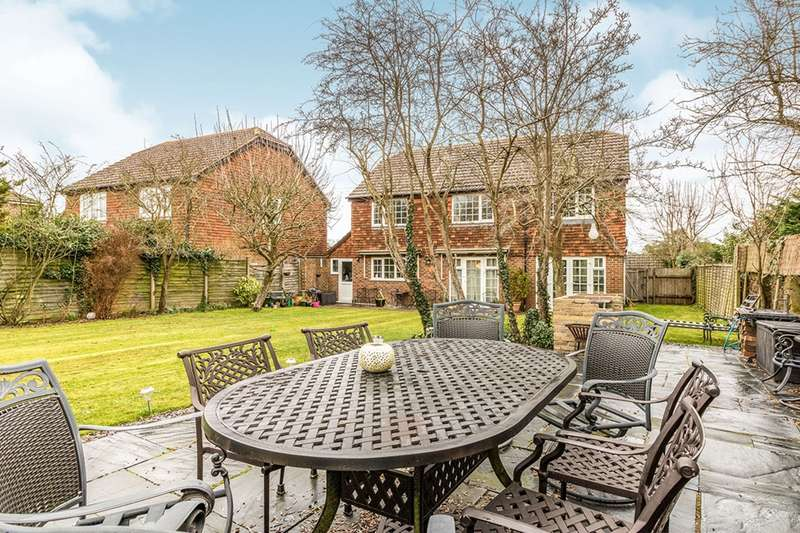 6 Bedrooms Detached House for sale in Cottenham Close, East Malling, West Malling, Kent, ME19