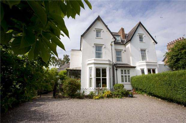 7 Bedrooms Semi Detached House for sale in Hough Green, Chester, Cheshire