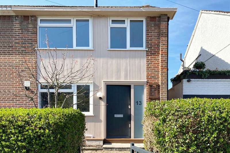 2 Bedrooms End Of Terrace House for sale in Chancellor Grove, London