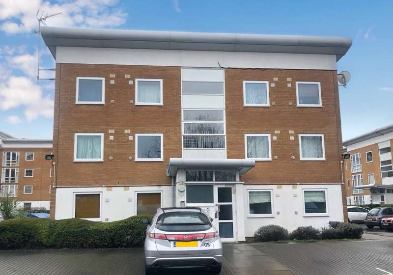 2 Bedrooms Apartment Flat for sale in Felixstowe Court, Royal Docks, London, E16 2RR