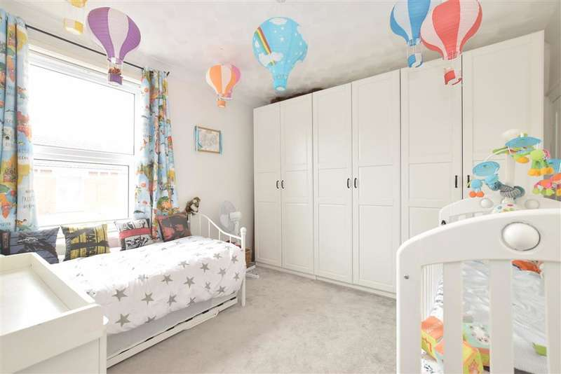 2 Bedrooms Terraced House for sale in Suffolk Road, , Southsea, Hampshire