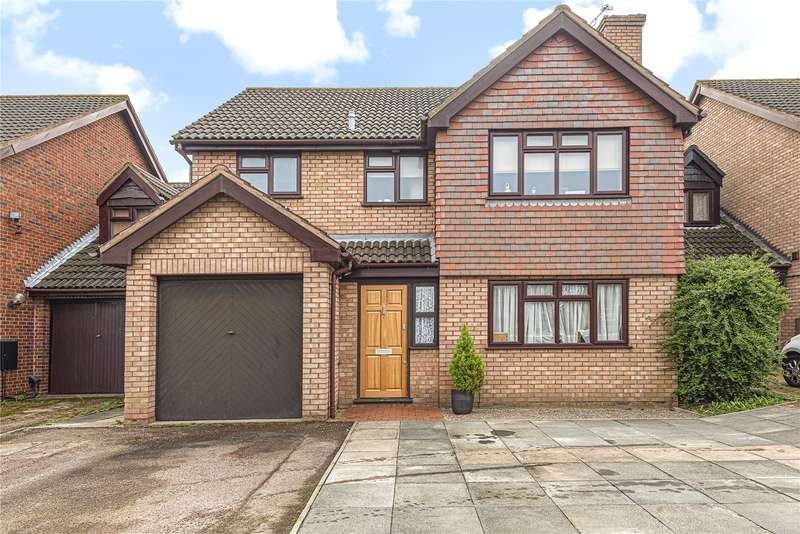 4 Bedrooms Detached House for sale in Strone Way, Hayes, Middlesex, UB4