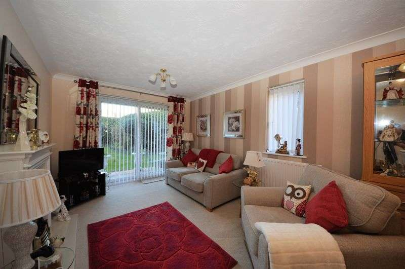 2 Bedrooms Property for sale in 348 London Road, Waterlooville