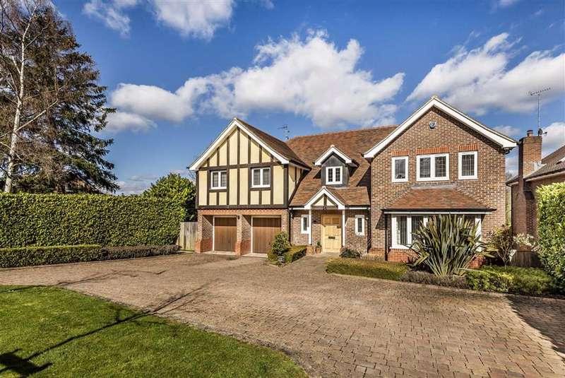 6 Bedrooms Detached House for sale in The Warren, Radlett, Hertfordshire