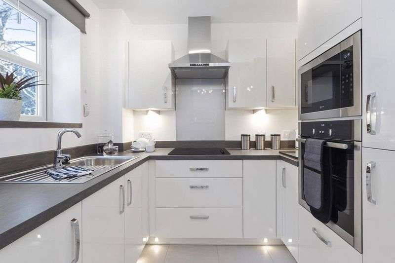 2 Bedrooms Property for sale in Westhall Road, Warlingham