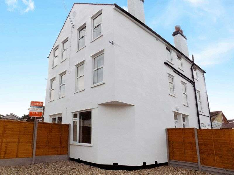6 Bedrooms Property for sale in Barton Hill Drive, Minster