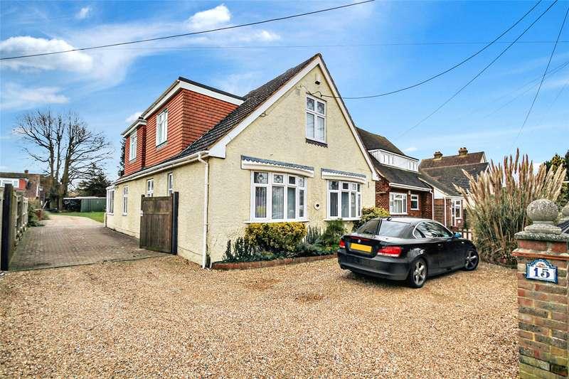 3 Bedrooms Detached House for sale in King George Road, Walderslade, Kent, ME5