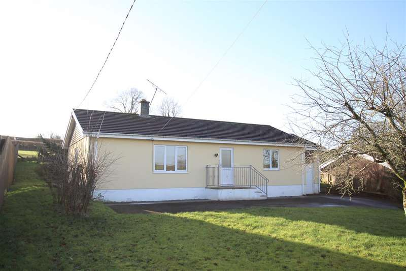 3 Bedrooms Detached Bungalow for sale in Rhydybont, Llanybydder