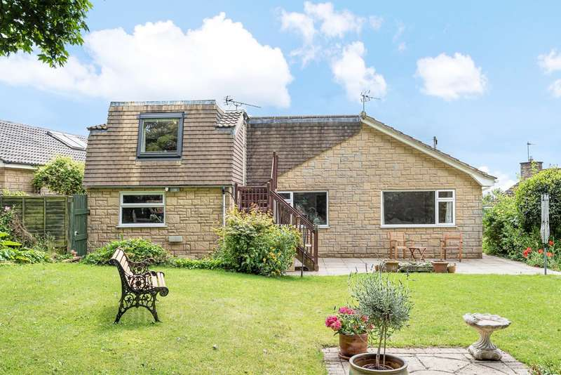 3 Bedrooms Detached Bungalow for sale in Chalford Hill