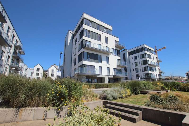 2 Bedrooms Flat for sale in Quadrant Quay, Fin Street, Plymouth, PL1 3FF