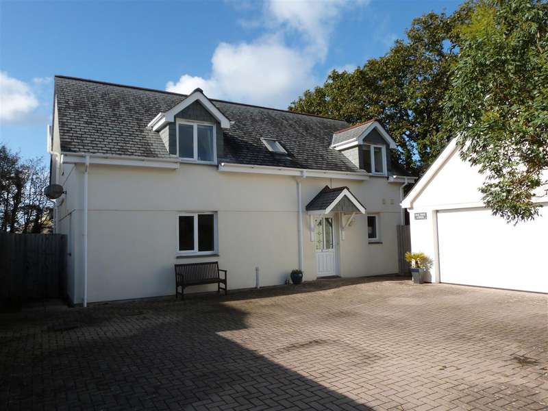 4 Bedrooms Detached House for sale in Truro