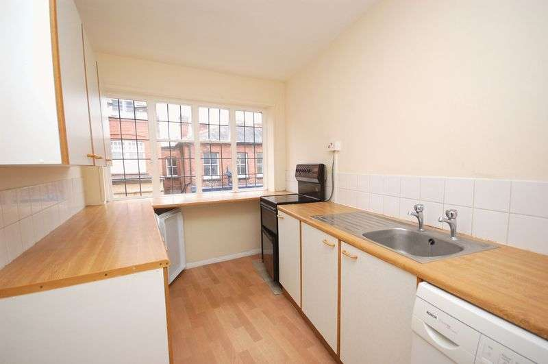 1 Bedroom Property for sale in Church Street, Rickmansworth, WD3