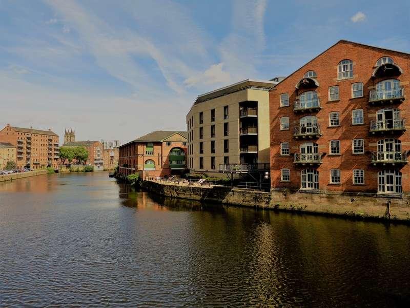 2 Bedrooms Property for rent in No.1 Dock Street LS10
