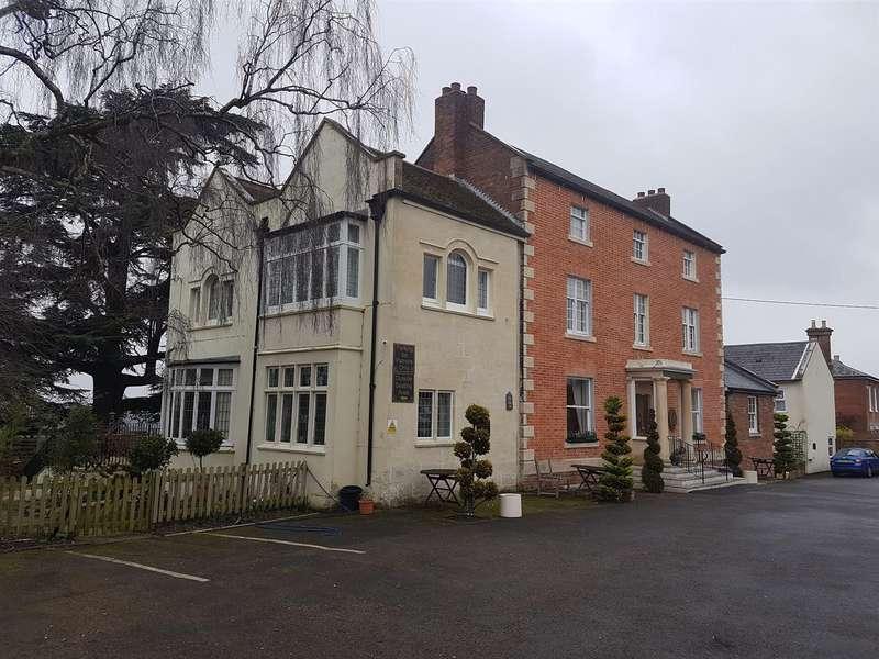 20 Bedrooms Property for sale in Warminster Road, Westbury