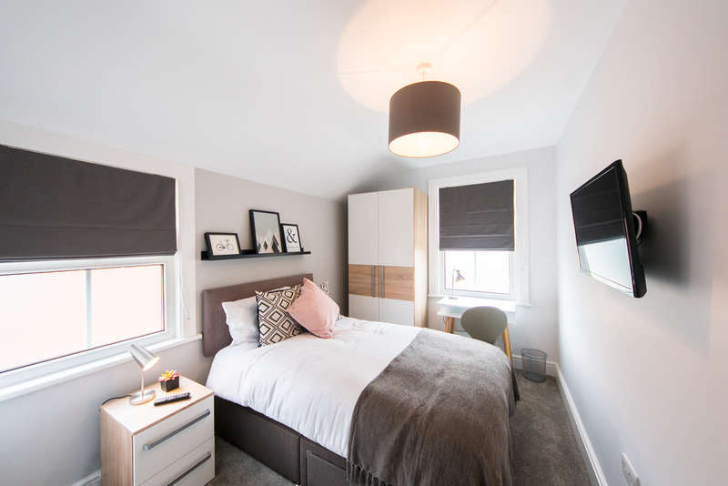 1 Bedroom House for rent in Crown Street, Reading