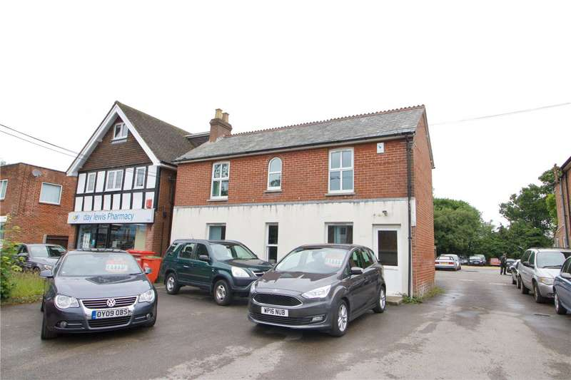 3 Bedrooms Detached House for sale in Station Road, Sway, Lymington, Hampshire, SO41