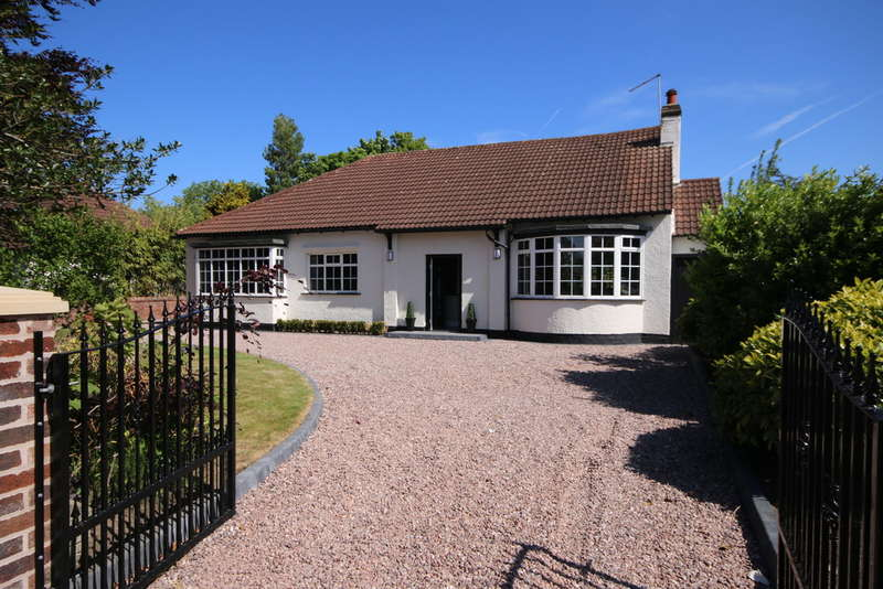 4 Bedrooms Detached Bungalow for sale in Liverpool Road, Birkdale, Southport