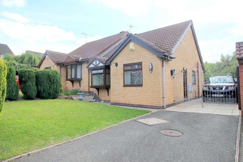 3 Bedrooms Semi Detached Bungalow for sale in The Spires, Nuneaton, Warwickshire. CV10 8RA