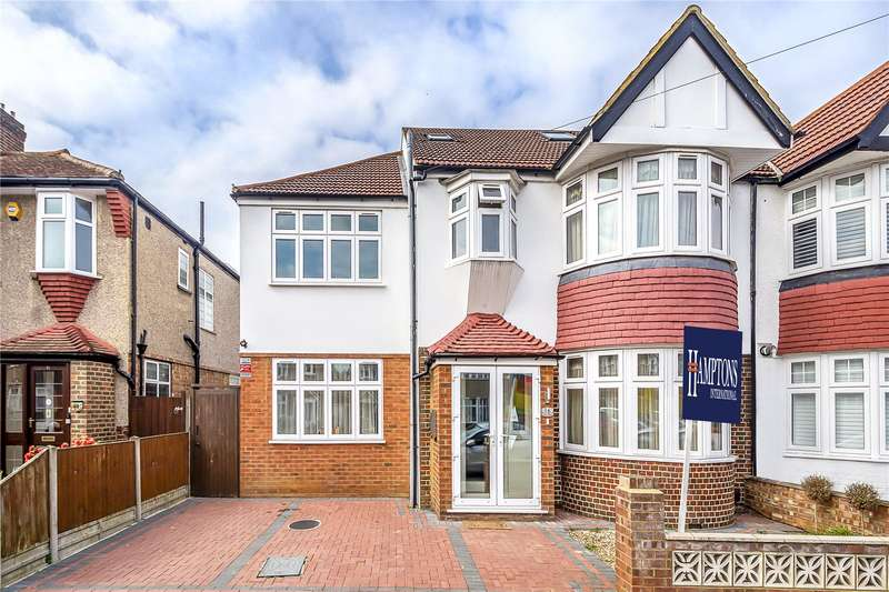 5 Bedrooms Semi Detached House for sale in Chase Gardens, Twickenham, TW2