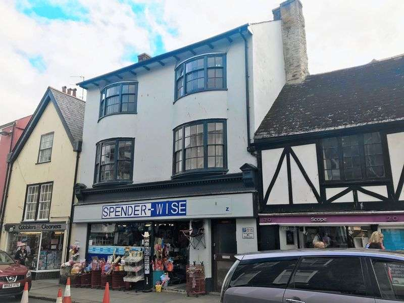 Property for sale in Totnes