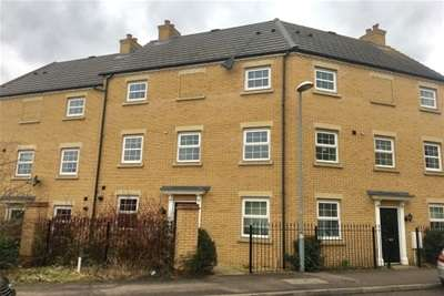 4 Bedrooms Property for rent in Maskell Drive, MK41