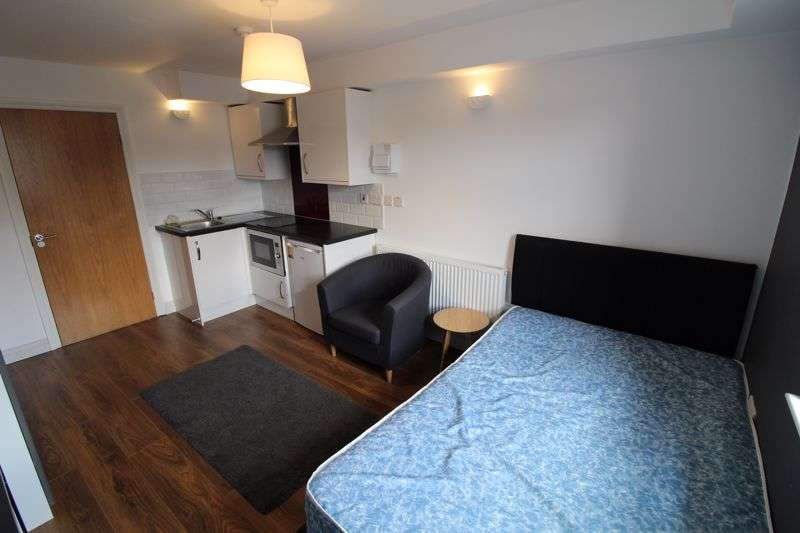 Property for rent in Chapel Hill, Huddersfield, HD1
