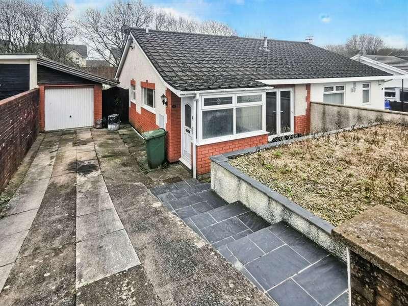 2 Bedrooms Semi Detached Bungalow for sale in Heathlands, Ystrad Mynach, Hengoed