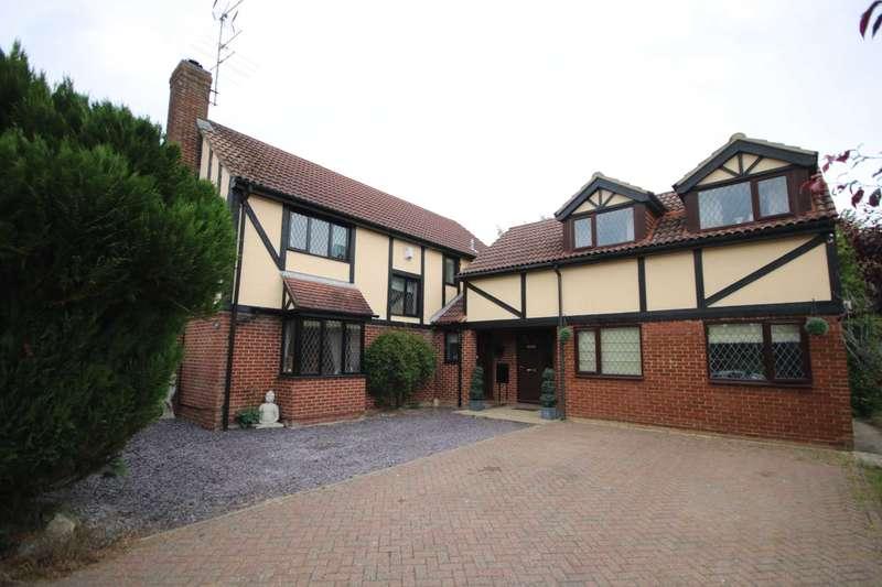 5 Bedrooms Detached House for sale in OVER 2,600 SQ FT 5 BEDROOM 3 BATHROOM in HP1.