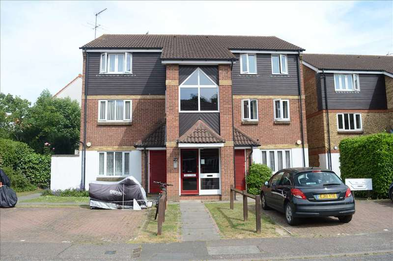 1 Bedroom Flat for sale in Pearce Manor, Chelmsford