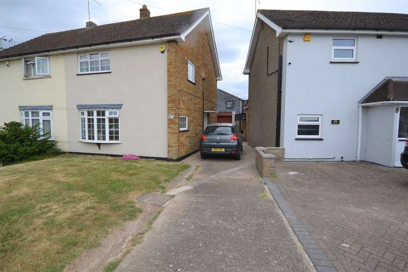 3 Bedrooms Semi Detached House for sale in Digby Road, Old Corringham