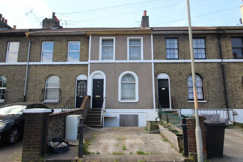 3 Bedrooms House for sale in Zion Place, Gravesend, Kent, DA12
