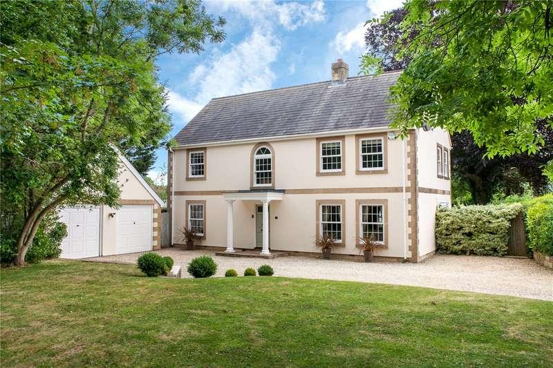 4 Bedrooms Detached House for sale in High Street, Semington, Trowbridge, Wiltshire, BA14