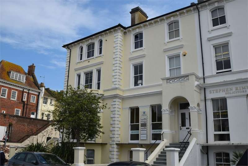 Commercial Property for rent in Hyde Gardens, Town Centre, East Sussex