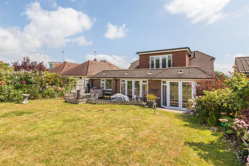 4 Bedrooms Detached Bungalow for sale in Coombe Road, Steyning