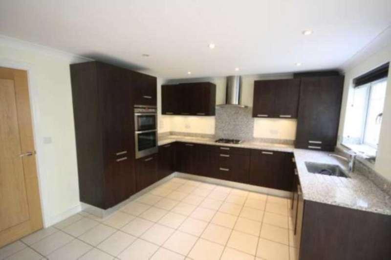 3 Bedrooms Town House for rent in Highbridge Close, Watling Street