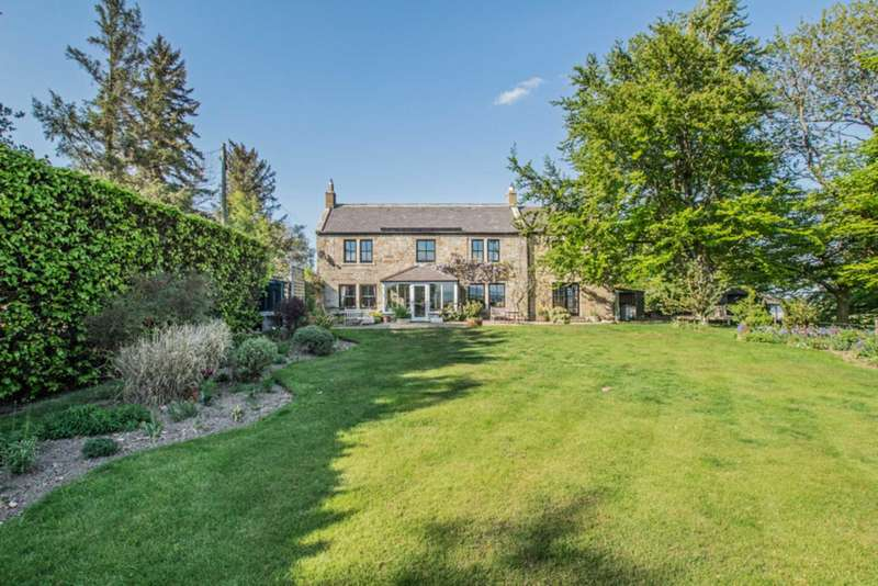 5 Bedrooms Detached House for sale in Dipton Mill Road, Hexham