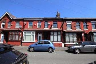 3 Bedrooms Terraced House for sale in Avondale Street, Manchester