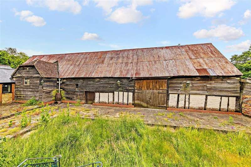 Property for sale in Sewell, Dunstable, Bedfordshire