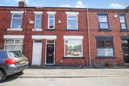 4 Bedrooms Terraced House for sale in Kippax Street, Manchester, Greater Manchester, Uk