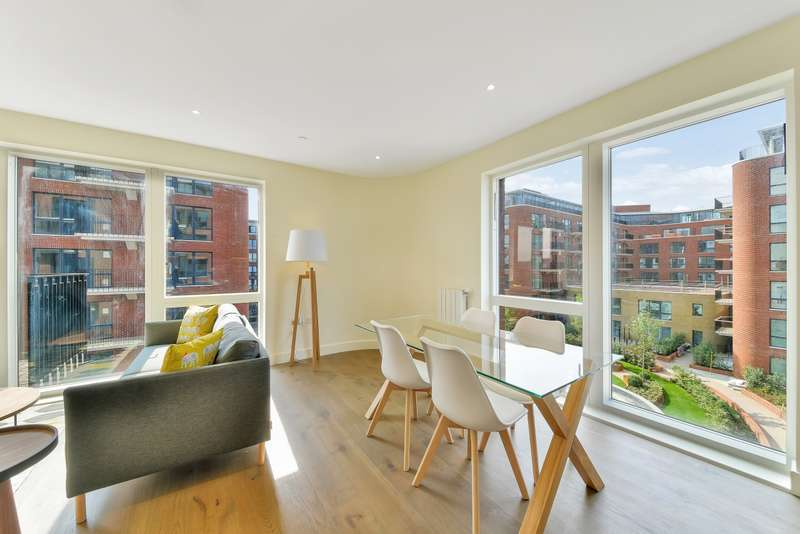 2 Bedrooms Apartment Flat for rent in Tyger House, Royal Arsenal Riverside, Woolwich SE18