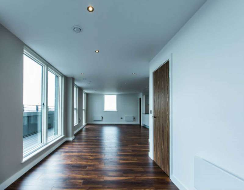 3 Bedrooms Apartment Flat for sale in Regent Road, Salford, M5