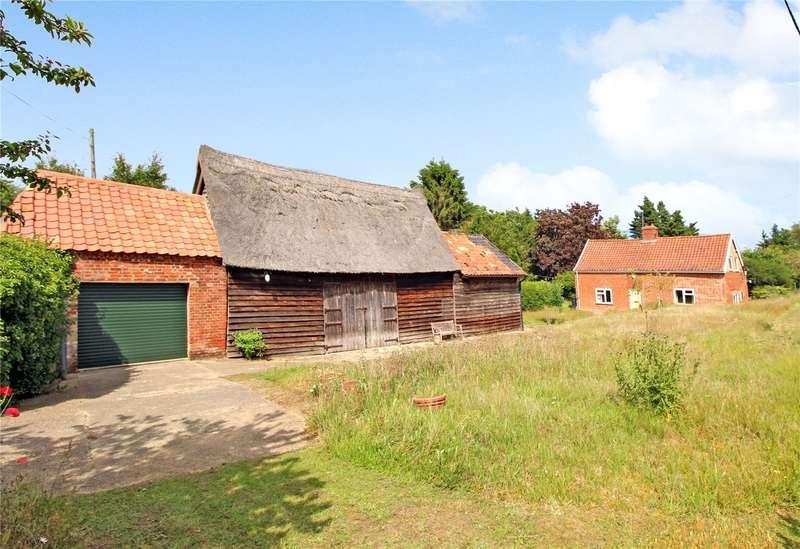 3 Bedrooms Detached House for sale in Blyford Lane, Wenhaston, Halesworth, Suffolk, IP19