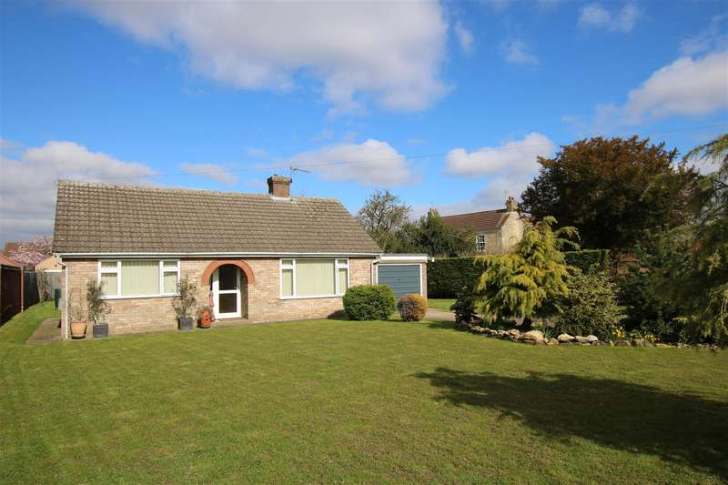 2 Bedrooms Detached Bungalow for sale in Ryland Road, Welton, Lincoln