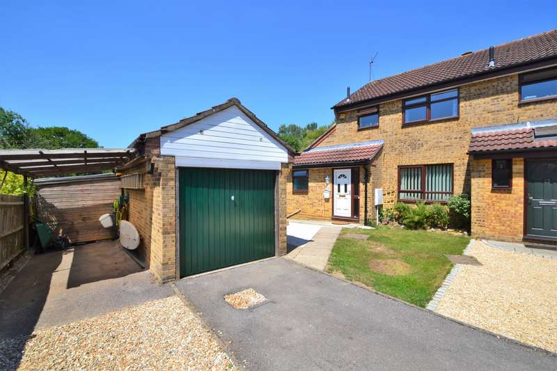 2 Bedrooms Semi Detached House for sale in Valley Park