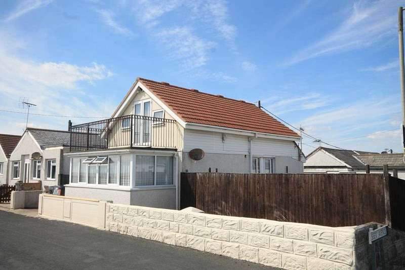 3 Bedrooms Detached House for sale in Brooklands, Jaywick