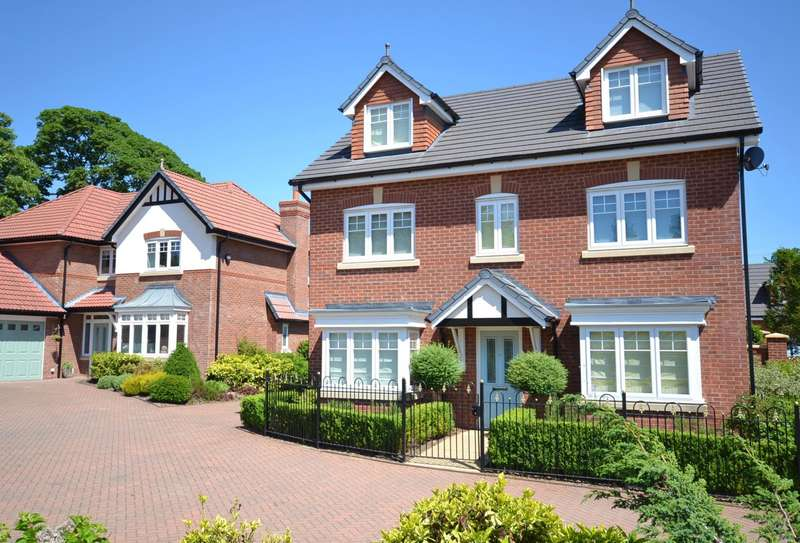 5 Bedrooms Detached House for sale in Livesley Road, Tytherington, Macclesfield