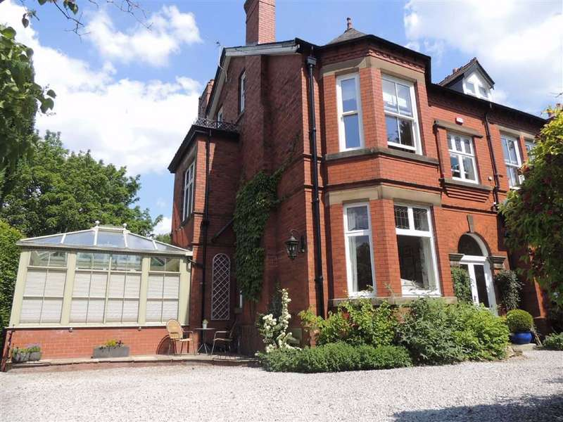 6 Bedrooms Semi Detached House for sale in Winnington Road, Marple, Stockport
