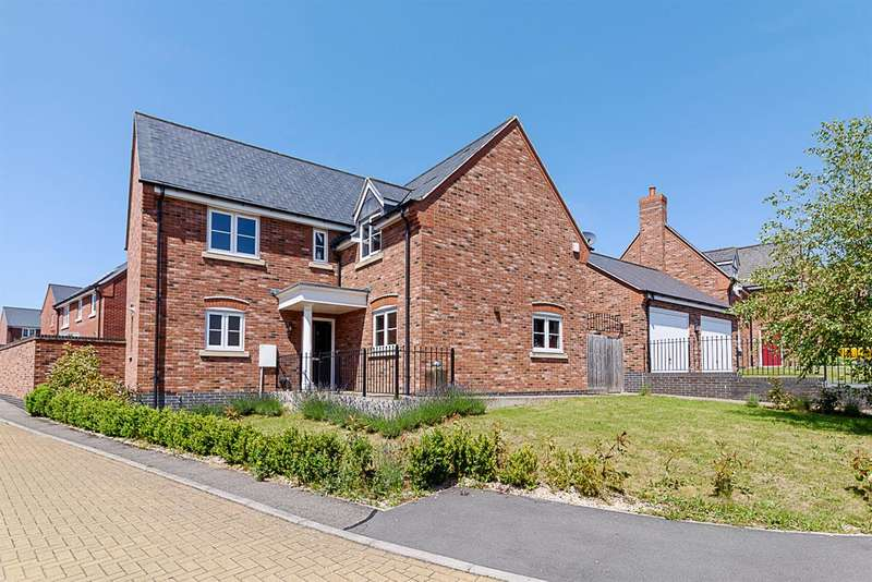 5 Bedrooms Detached House for sale in Connery Leys Road, Leicester